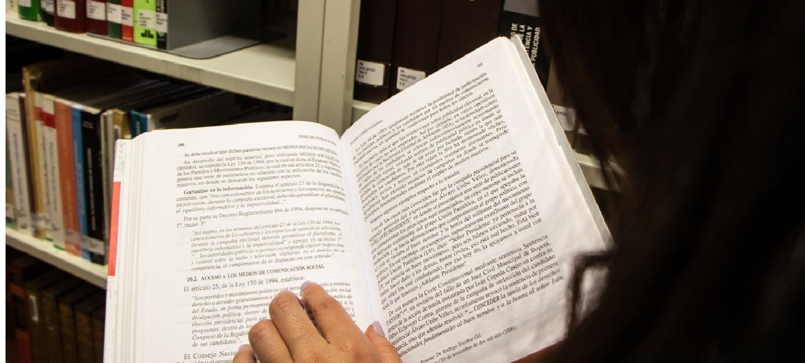 Biblioteca de Derecho Eduardo Álvarez-Correa